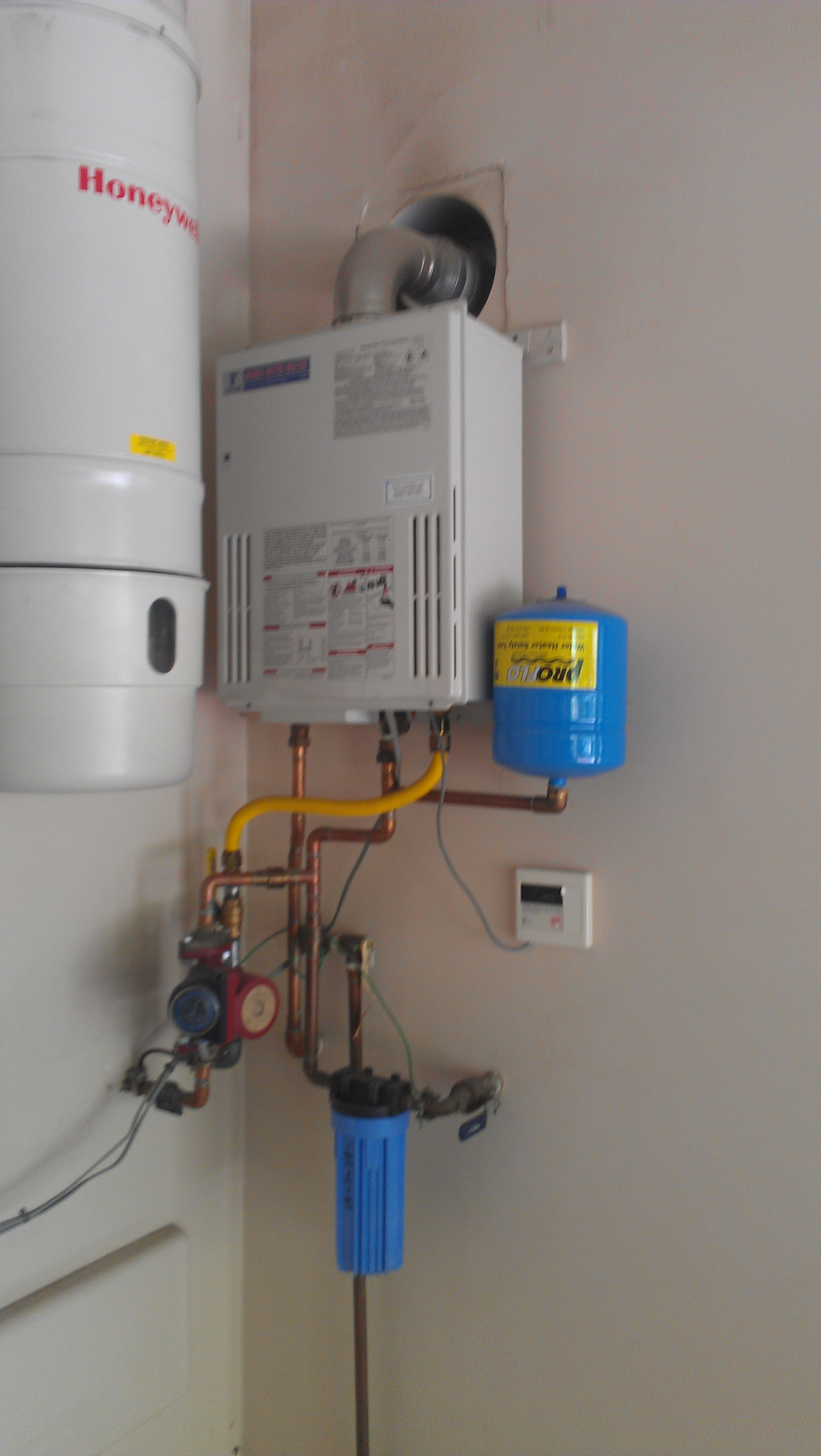 tankless water heater installation in the san fernando valley - Tankless Water Heater Installation